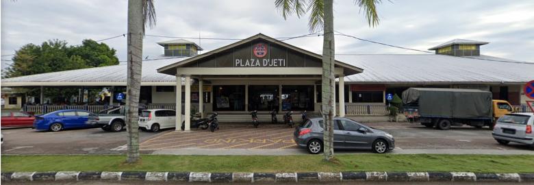 Parkir Berkelompok Plaza D'Jeti